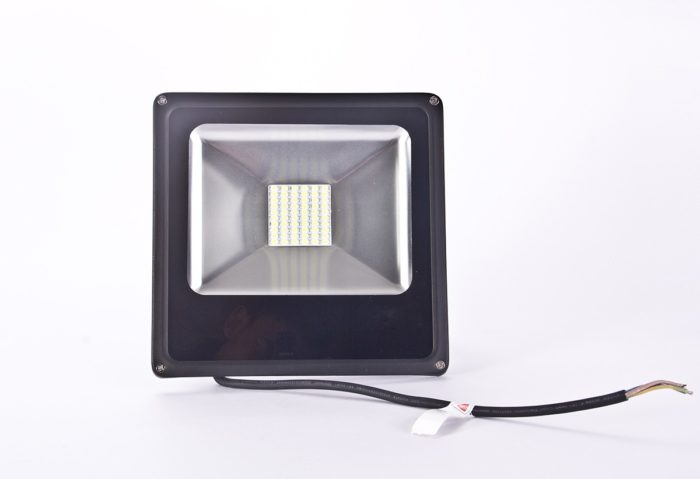 PROYECTOR LED 30W IP65 BLANCO FRÍO